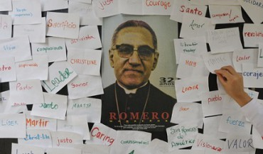 """""""IO VOGLIO ROMERO A ROMA!"""". La campagna per la costruzione della statua del vescovo salvadoregno nella capitale d'Italia fa un passo in avanti. Grazie ai cinesi di Taiwan"""