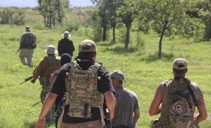 MILIZIE CIVILI A CACCIA DI MIGRANTI. La valanga di minori centroamericani che si riversano alla frontiera riattiva la formazione di gruppi di vigilantes