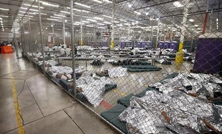 PICCOLI EMIGRANTI. Gli USA varano un programma di aiuti per l'assistenza legale dei minori dell'America Centrale. E la Fed ci mette i soldi