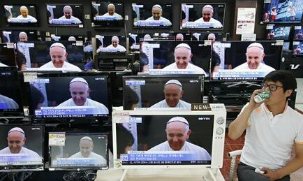 TERRA, PANE, CASA, LAVORO. Incontro internazionale in Vaticano di movimenti popolari impegnati nella giustizia sociale