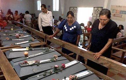 NEGAZIONISTA PENTITO. Ex ambasciatore di El Salvador negli Stati Uniti chiede perdono per aver negato un massacro di civili