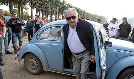 UN MAGGIOLINO DA UN MILIONE DI DOLLARI. È la cifra che uno sceicco arabo ha offerto al presidente dell'Uruguay José Mujica per il suo Volkswagen modelo 1987