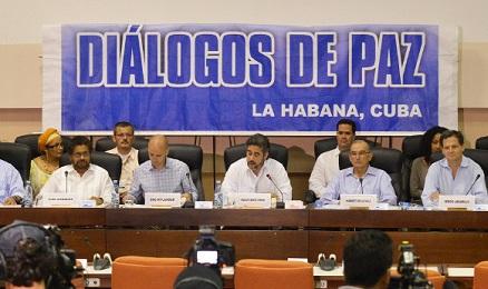 SI RIPARTE. Dopo il sequestro del generale riprenderanno il 10 dicembre le conversazioni di pace tra governo colombiano e guerriglia