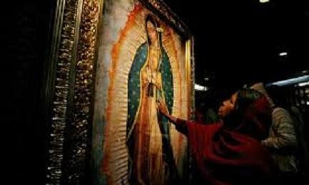 GUADALUPE IN VATICANO. Tutto pronto per la celebrazione presieduta da papa Francesco sulle note della Misa criolla. Annuncerà il viaggio in Messico?