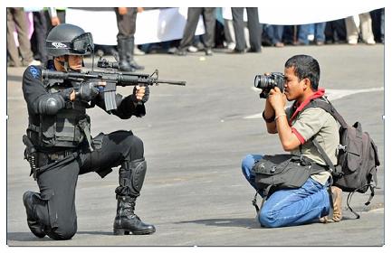 MESTIERI PERICOLOSI. 27 giornalisti morti in America Latina nel corso del 2014; il Messico, con 8 caduti, è il paese più mortifero per la professione