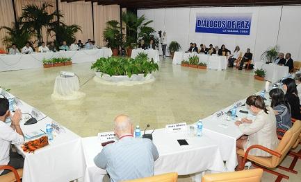 COLOMBIA. IL TAVOLO SI ALLUNGA. Anche gli Stati Uniti parteciperanno ai negoziati tra governo e guerriglia