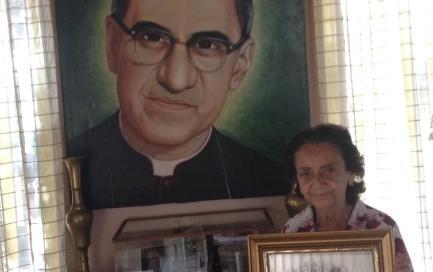 """IN FESTA """"CIUDAD BARRIOS"""", IL PAESE DI ROMERO. Una vigilia che i concittadini del vescovo quasi beato hanno atteso con trepidazione e vivono investiti da grandi trasformazioni"""