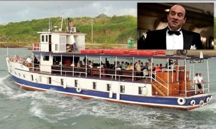 """ESCURSIONE CON GANGSTER. Panama offre tour sul canale a bordo della """"Isla Morada"""", la barca di Al Capone"""
