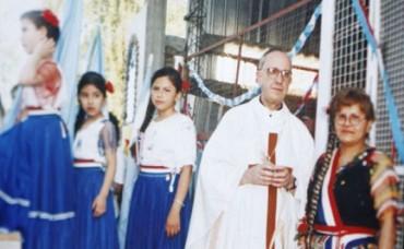 IL GESUITA E IL DITTATORE. La terza volta di Bergoglio in Paraguay. Quando l'attuale Papa visitava il paese sudamericano e la Polizia politica di Stroessner lo schedava