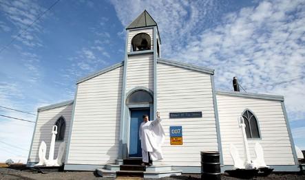 """CHIUDE L'UNICA BASE CATTOLICA IN ANTARTIDE. Si tratta della """"Chapel of the Snows"""", nella McMurdo Station. Non ci sono abbastanza fedeli, e nemmeno soldi per mantenerla"""