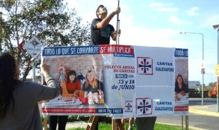 """INTROITI RECORD GRAZIE AL PAPA. La colletta annuale della Caritas argentina spicca il volo. All'insegna di una frase di Francesco: """"Quello che si condivide si moltiplica"""""""