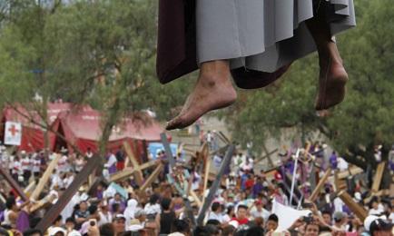 IL MESSICO IN DIECI TESI. Quale cattolicesimo incontrerà Papa Francesco? Il ruolo di frontiera tra Stati Uniti e America del Sud