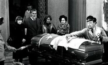 IL QUARTO FUNERALE DI NERUDA. Il primo fu dopo la morte, nel settembre del 1973, il secondo nel maggio 1974, il terzo nel dicembre 1992. Oggi i resti torneranno nell'Isla Negra