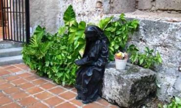 """PASSAGGIO A CUBA DI MADRE TERESA DI CALCUTTA. La futura santa nel ricordo del vescovo di Holguín. """"Ci ha mostrato che il povero non è un dato sociologico o politico. Lo si ama e lo si serve"""""""