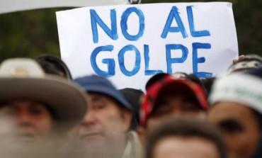 BIANCHI, MA SEMPRE GOLPES. Papa Francesco e le crisi istituzionali dell'America Latina. Il retrocesso della politica e l'avanzata dei poteri forti