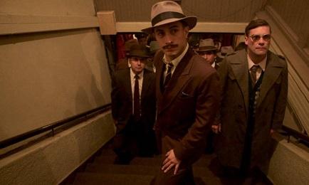 L'inseguitore di Neruda nel film cileno di Pablo Larraín, l'attore messicano García Bernal