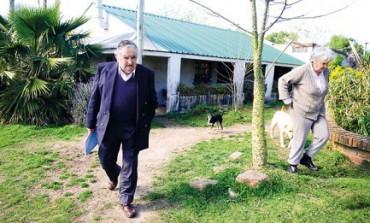 """MUJICA, L'UOMO SAGGIO. Così disse Bergoglio quattro anni fa, ricevendolo all'inizio del pontificato. Intervista all'ex-presidente dell'Uruguay: """"Mi sento accolito del Papa"""""""