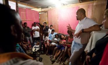 BRASILE. OGNI ORA NASCE UNA NUOVA ORGANIZZAZIONE RELIGIOSA. Un reportage del quotidiano O Globo espone cifre e ragioni di un fenomeno tumultuoso