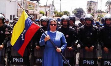 IL FUTURO DEL VENEZUELA SECONDO LA NUOVA COSTITUENTE. Un gesuita venezuelano analizza il decreto che istituisce la nuova Assemblea voluta da Maduro