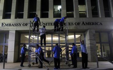 LA ZAPPA SUI PIEDI DI TRUMP. Le aperture di Obama verso Cuba sono più popolari in Florida della mano dura del presidente americano. E tra i cattolici ancor di più
