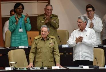 CUBA E LE DOGLIE DELLA SUCESSIONE. Nove mesi per dare alla luce una creatura chiamata Governo. Fin dove arriverà il ricambio di Raúl Castro e della vecchia guardia?