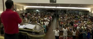 """EVANGELICI IN POLITICA. Si preparano a scendere in campo anche in Colombia, dove hanno scoperto la loro forza appoggiando il """"No"""" nel referendum sugli accordi di pace"""