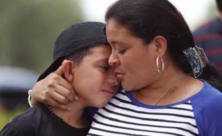 DI MADRI CE N'E' UNA SOLA. Uno studio sulle rimesse degli emigranti negli Stati Uniti mostra che oltre la metà sono inviate alle mamme messicane e centroamericane