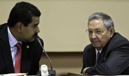 Nicolás Maduro e Raúl Castro