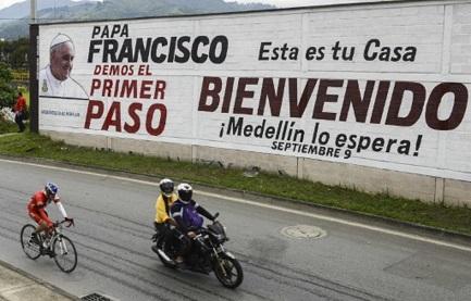 LA PRESENZA DI FRANCESCO NELLA PACIFICAZIONE COLOMBIANA. Non garante, non mediatore, bensì un carisma che ha sostenuto, spinto, incoraggiato
