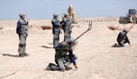 Militari cileni si preparano per detonare le mine al confine con la Bolivia