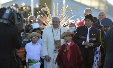 """EVO MORALES ALLA RICERCA DELLA QUARTA RIELEZIONE. Pur di ottenerla proverà ad arruolare anche il Papa. Finito l'incantesimo del presidente """"indio"""""""