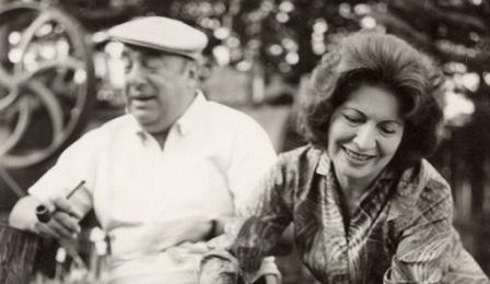 Pablo Neruda insieme all'ultima moglie, Matilde Urrutia