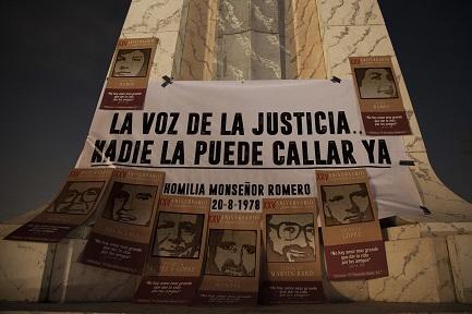 Ricordando il 16 novembre 1989 nell'Università Centroamericana (Foto El Faro-V. Peña)