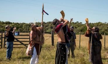UNA NAZIONE SENZA INDIGENI. L'Uruguay, paese audace in materia di politiche sociali, si trova di fronte a una sfida nuova e vecchia allo stesso tempo: il problema charrúa