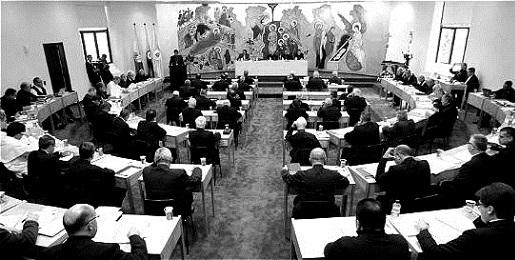 Una rara immagine dei lavori della II Conferenza generale dell'episcopato latinoamericano a Medellin nel 1968