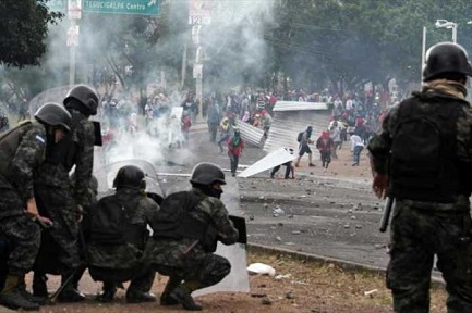 Scontri in Honduras