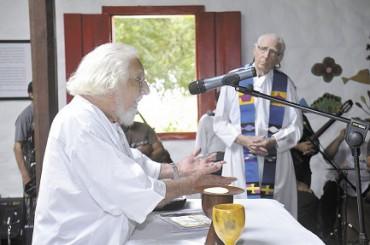 COME IN TERRA COSÍ IN CIELO. Il sacerdote e poeta nicaraguense Ernesto Cardenal compie 93 anni e presenta il suo ultimo poema: un canto alla vita alla fine della vita