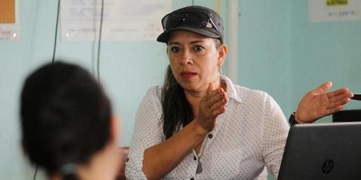 COLOMBIA. EROISMI DEL POST-CONFLITTO. Una maestra a cui le Farc hanno ucciso il marito e rapito il fratello insegna a leggere ai figli di ex combattenti