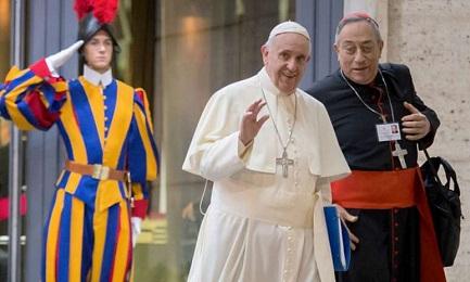 MARADIAGA RESTA AL SUO POSTO. Papa Francesco conferma il cardinale dell'Honduras alla guida dell'arcidiocesi di Tegucigalpa anche dopo i 75 anni