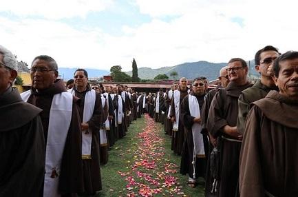 ANCHE IL GUATEMALA AVRÁ I SUOI BEATI. Ad ottobre, dopo la canonizzazione di Romero nel confinante El Salvador, toccherà al francescano italiano Maruzzo e al laico Navarro