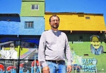 """LEGALIZZAZIONE DELL'ABORTO E ANOMALIA ARGENTINA. Inizia la discussione parlamentare. I preti delle villas danno la faccia: """"Con i poveri, abbracciamo la vita"""""""