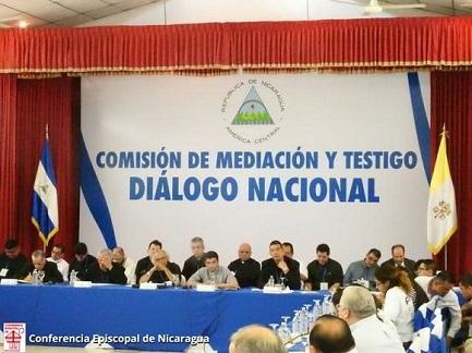 NICARAGUA. DIALOGO O MORTE. Il paese centroamericano è sul filo dell'abisso. O un accordo nazionale o la guerra come unico rimedio per dirimere il conflitto