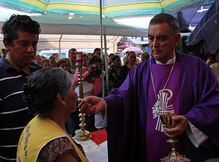 El-obispo-de-la-diocesis-Chilpancingo-Chilapa-Salvador-Rangel-Mendoza-Foto-Jose-Luis-de-la-Cruz