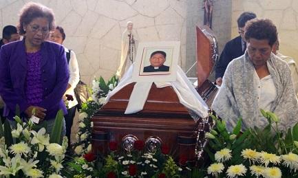 Funerale di uno degli ultimi sacerdoti assassinati in Messico