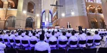 AUMENTANO I SACERDOTI IN BRASILE. Il Centro di ricerche sociali e statistiche religiose della Conferenza episcopale segnala un aumento di 2700 religiosi dal 2014 ad oggi