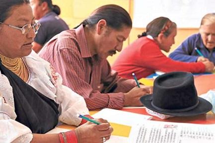 LA GUERRA ALL'ANALFABETISMO NON È STATA ANCORA VINTA. In America Latina 32 milioni di persone non sanno leggere e scrivere. Vite discriminate