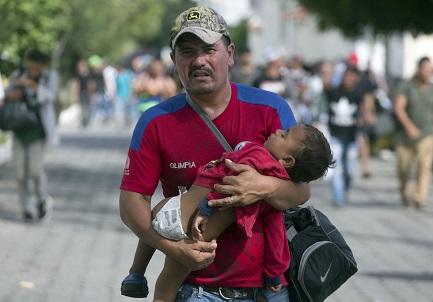LA CAROVANA DELLA SPERANZA. Cosa succederebbe se tutti gli emigranti si unissero e marciassero insieme verso il confine con gli Stati Uniti? Lo stiamo vedendo in questi giorni…